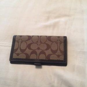 Coach signature bronze check cover